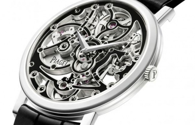 Часы Altiplano Skeleton Enamel представила компания Piaget